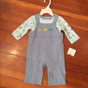 Two piece overall outfit